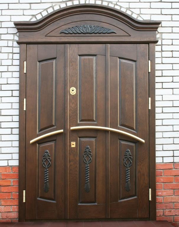 входная дверь в частный дом со стеклом в балашихе
